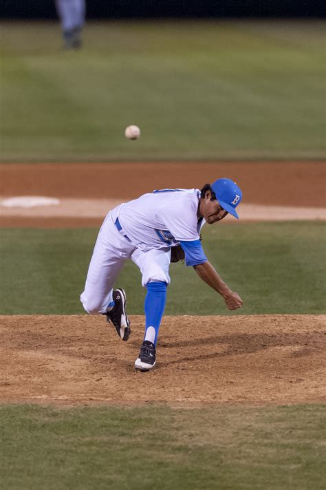 Baseball to face USC after quick turnaround | Daily Bruin