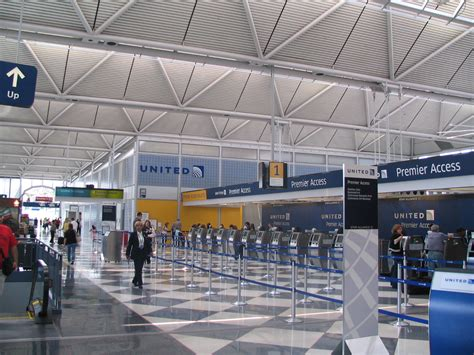 United Airlines' rebranding of Terminal 1 at Chicago O