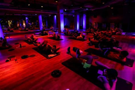 Taking Night-Life Cue, Gyms Lower the Lights - The New